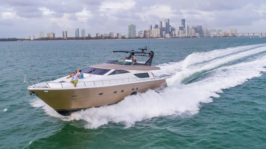 "Image of 72 Ft. Uniesse Yacht ""NEXT"""